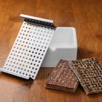Heimgart microgreens starter kit with porcelain seed bowl, seed band and grid